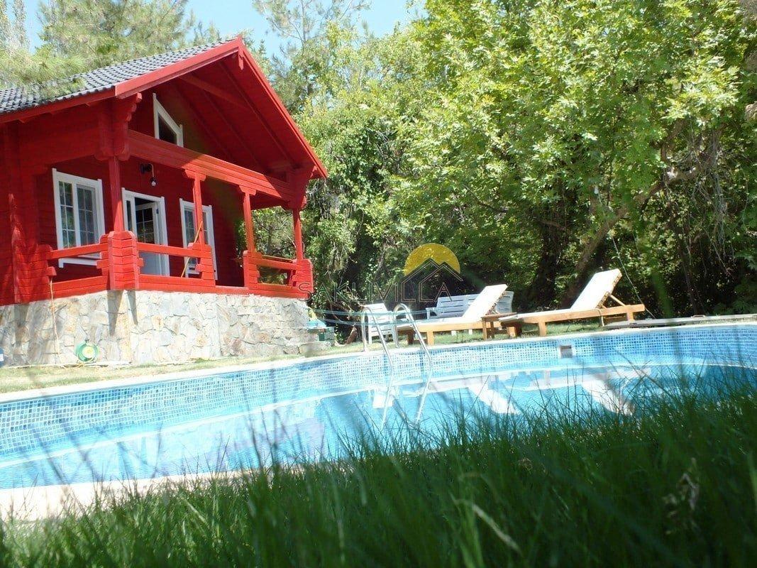 Villa Kırmızı