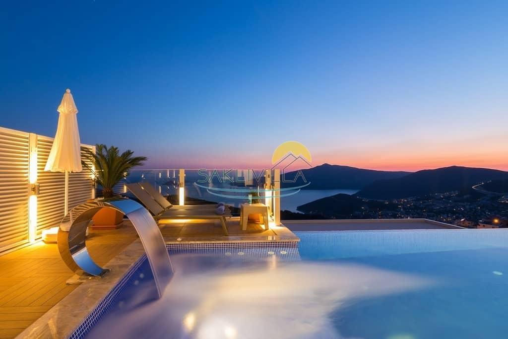Deniz Manzaralı Villalar